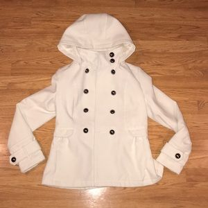 Maralyn & Me Thick White Peacoat w/ Hood
